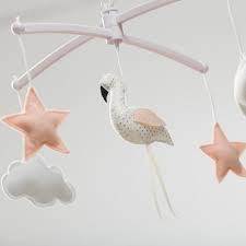 pouce et lina mobiel flamingo wit / stipjes